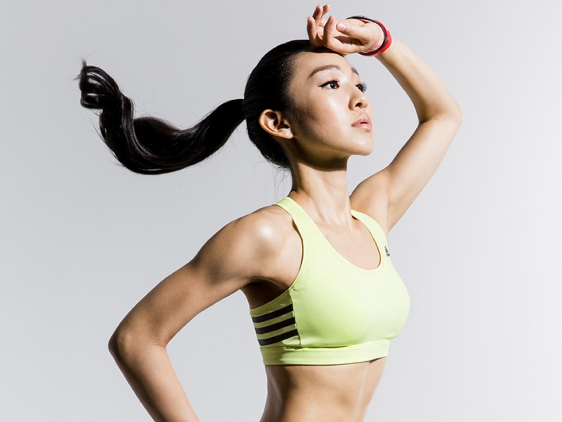 筋肉媽媽: 不只是部落客,我是自創品牌的健身專家