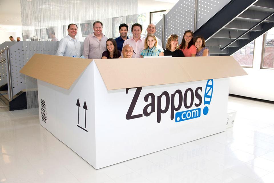 美國鞋類電商Zappos用「最好客服」定位品牌,被亞馬遜用12億美元收購