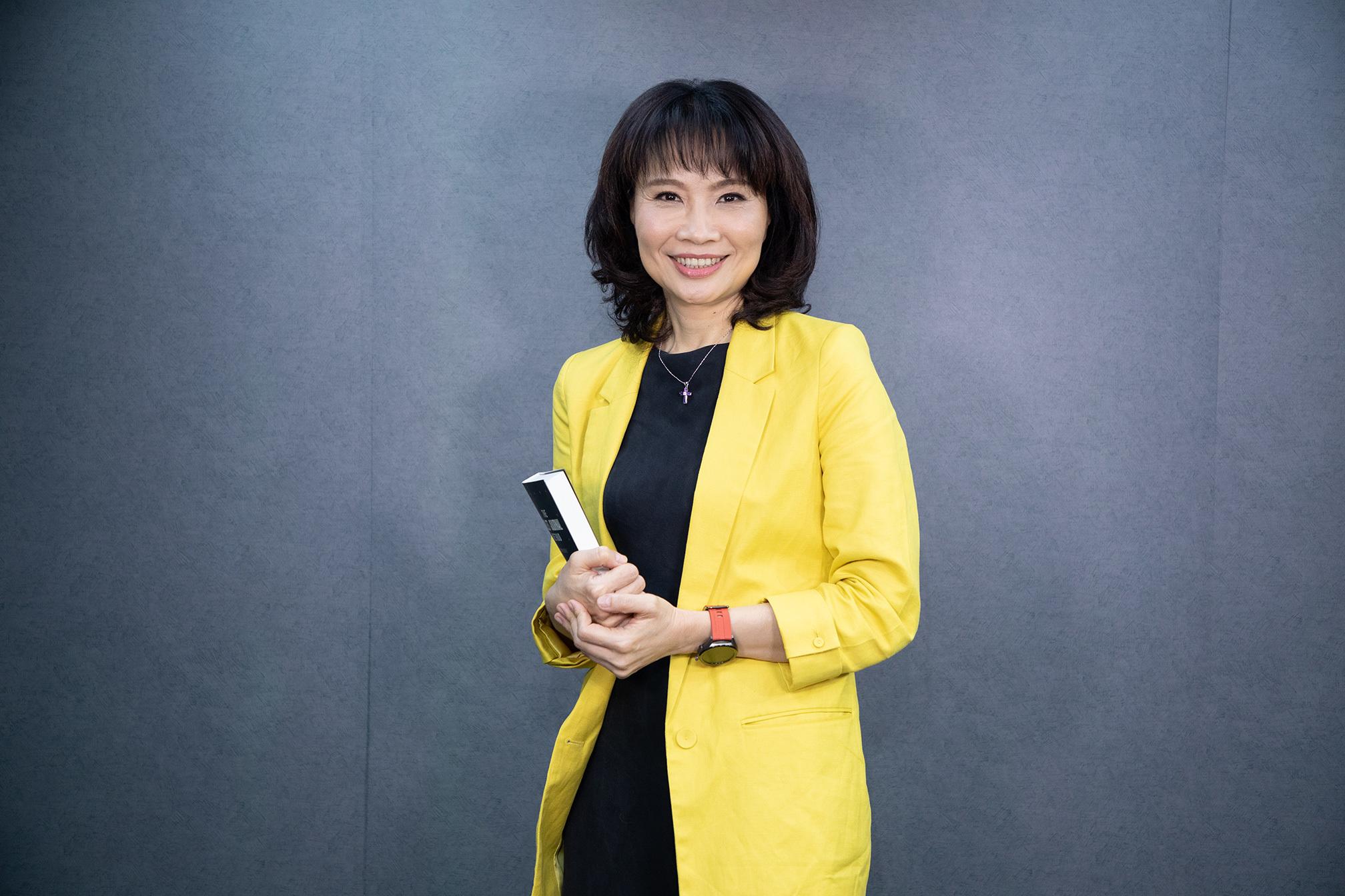 【三月主題】一年為自己創造52個改變的機會,說書人引領你前往人生的突破口-專訪資深評論員陳鳳馨