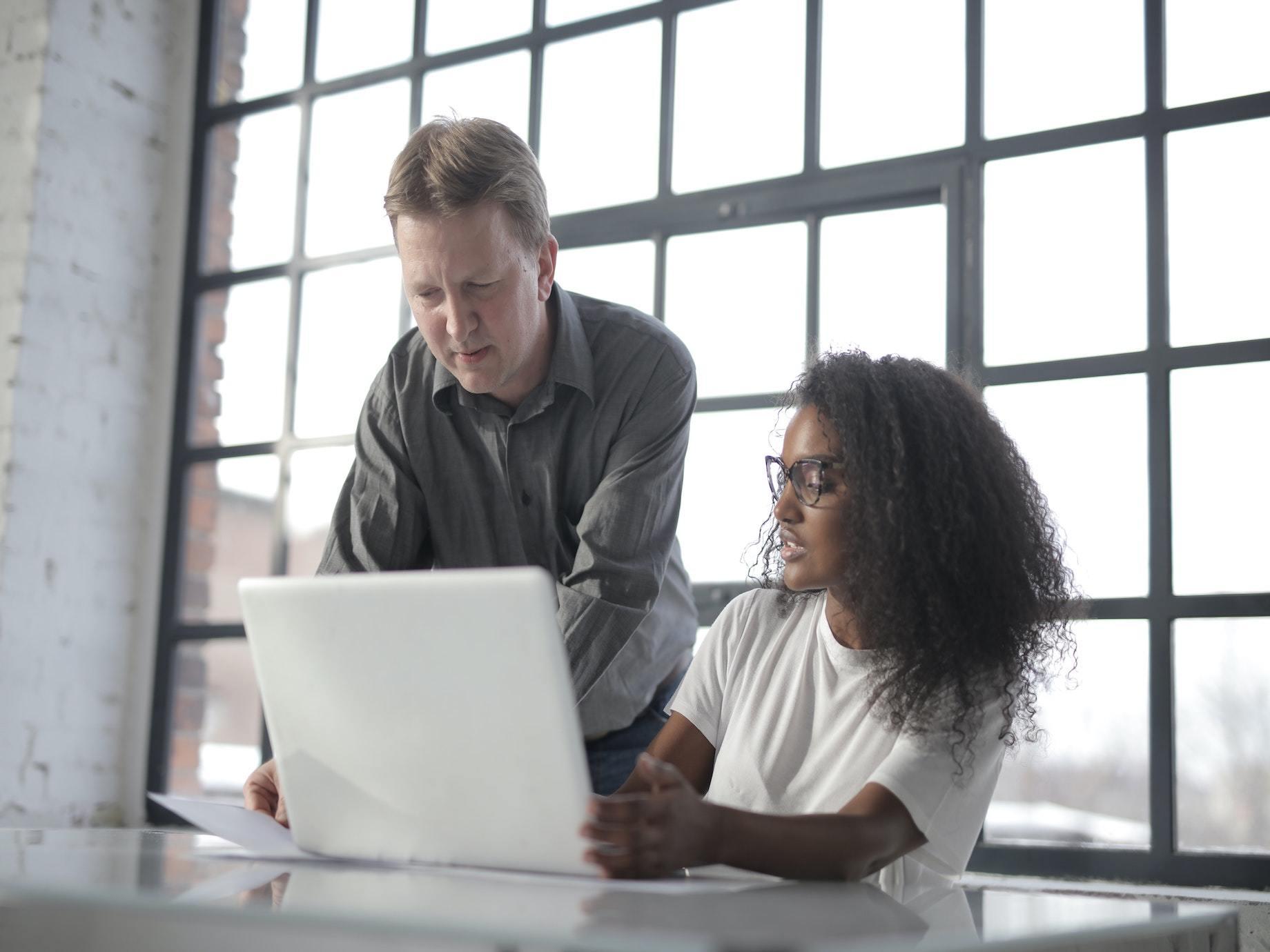 調查發現,上班族最頭痛竟然是和同事溝通?3個溝通必備妙招,馬上解決職場上90%的問題!