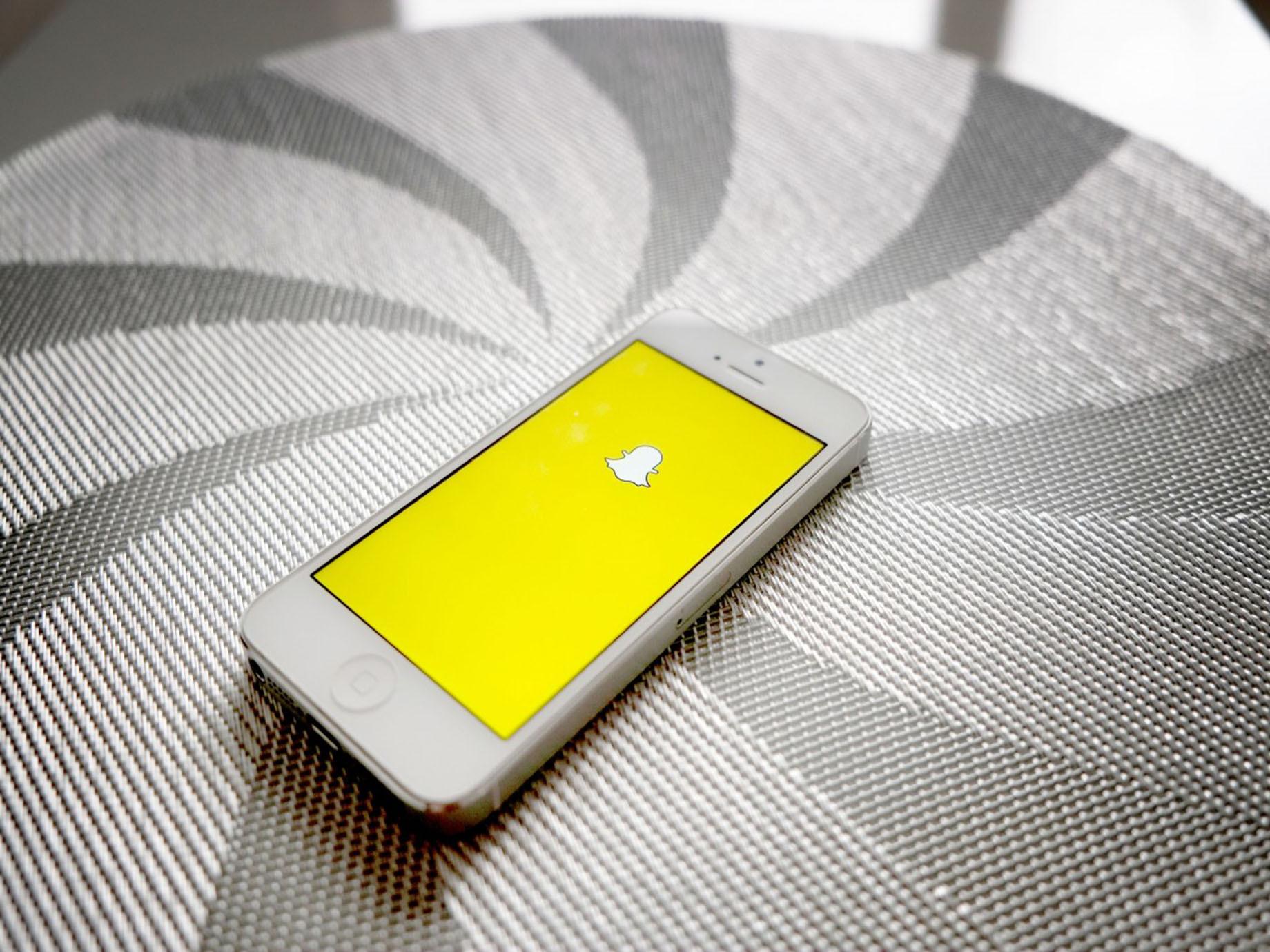Snapchat走向IPO!從一款「荒謬」App到廣告主最愛的3大關鍵