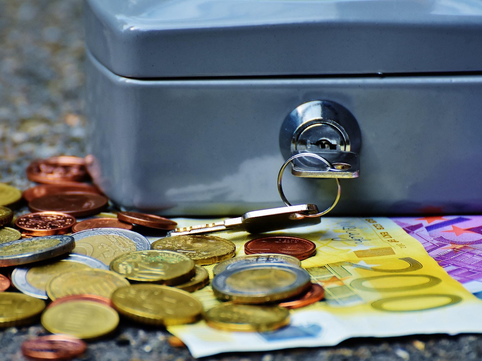 當全世界都在學操作消費心理,讓顧客衝動消費 《金錢心理學》帶你抵抗非理性,成為金錢的主宰