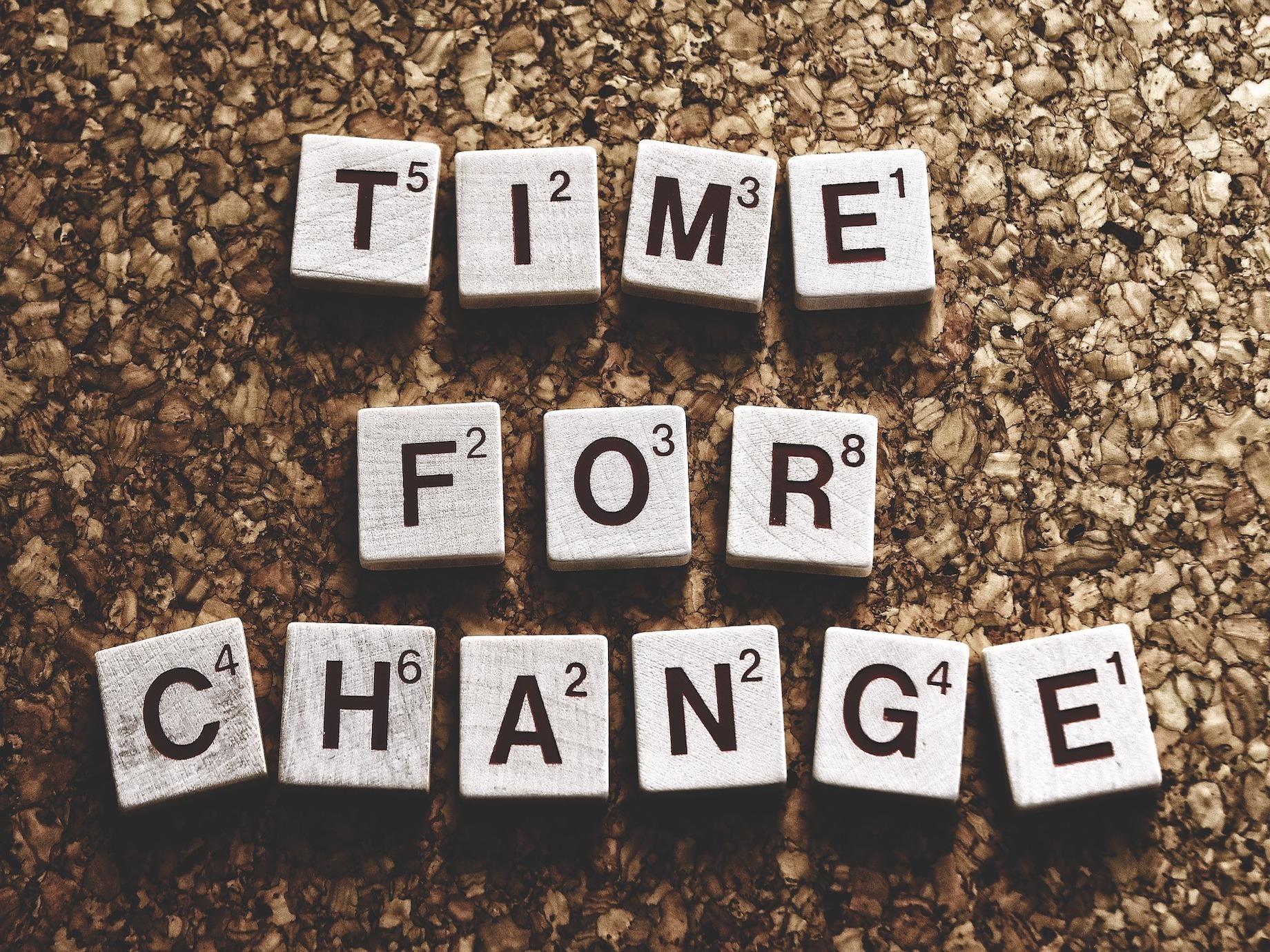 經驗與年紀上升,但薪資卻停滯!如何靠著「軸轉」再創職涯高峰?