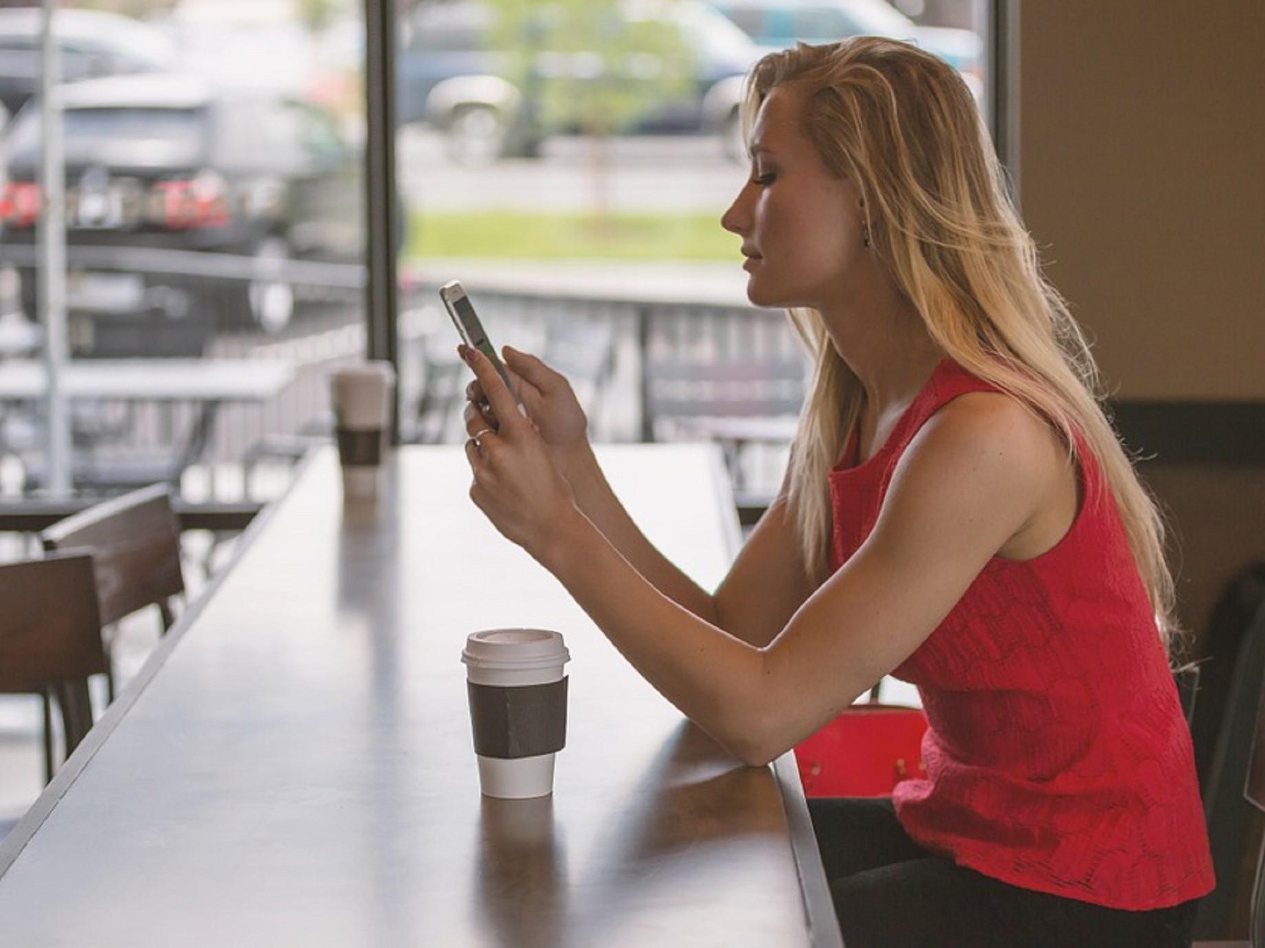 企業擁抱行動用戶的方式:開發與顧客的「對話經濟」