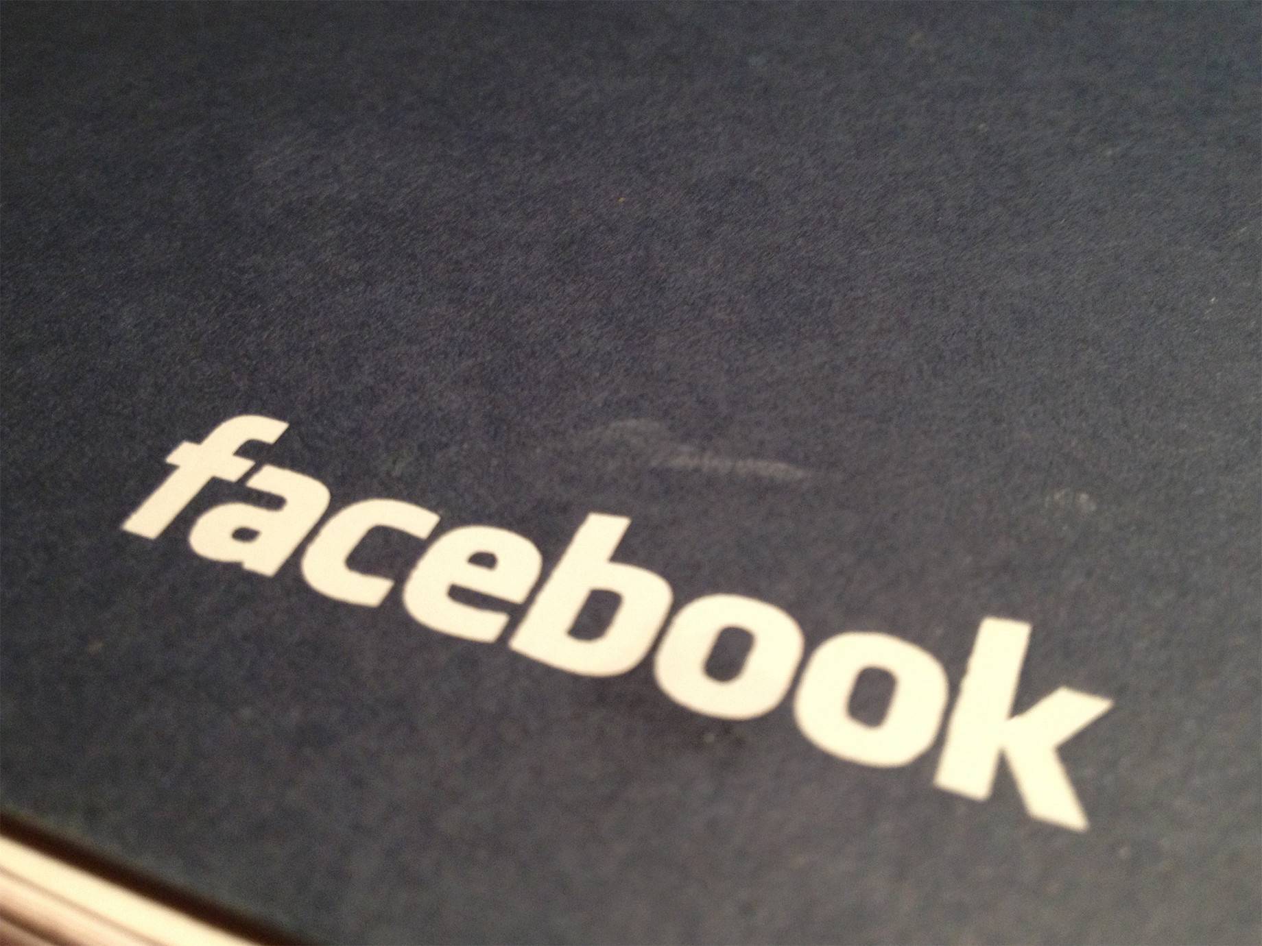 Facebook宣布未來影片將可安插廣告,且出版者可獲收益55%