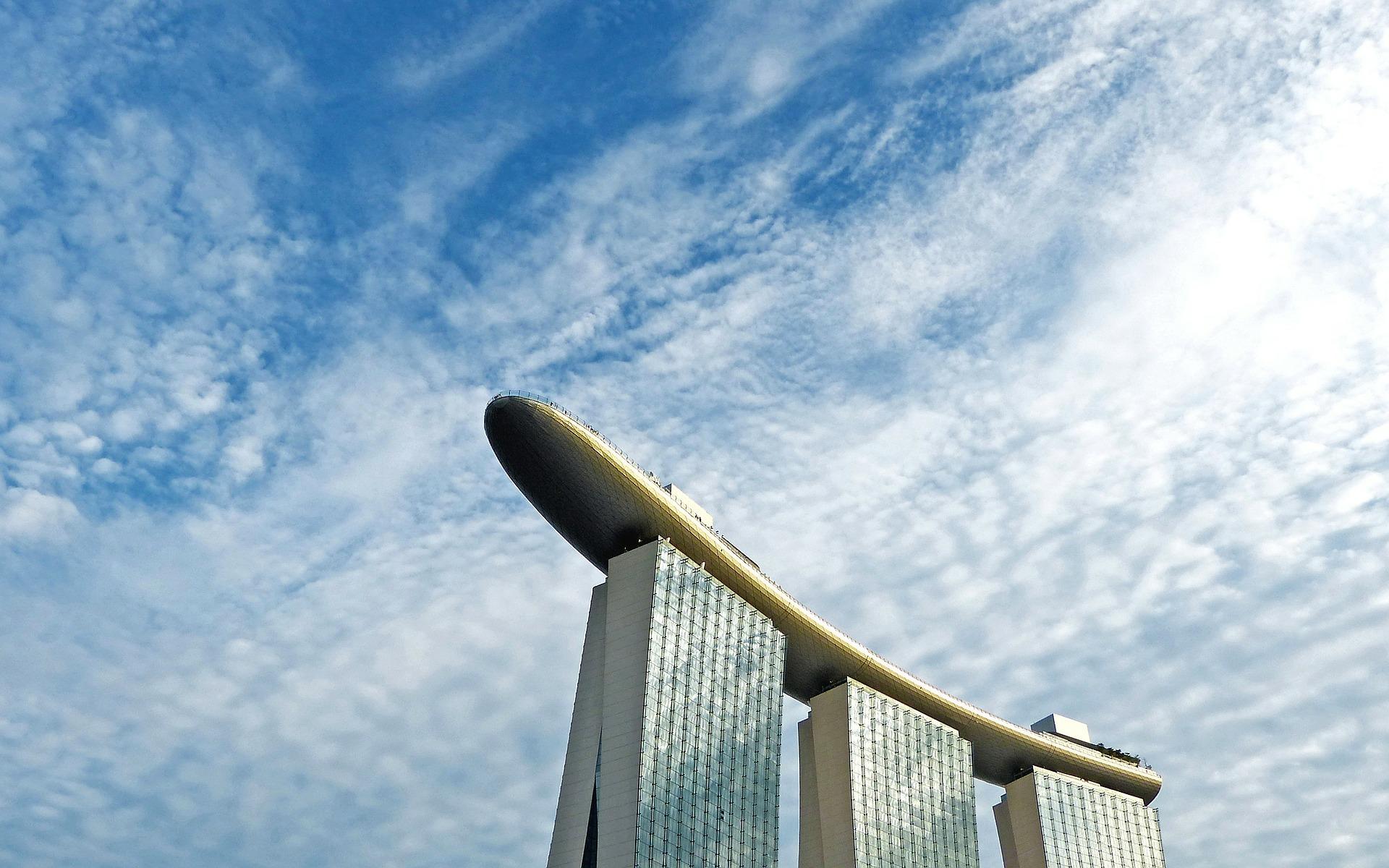 美國設廠成本高,聯成看向3大優勢將目光轉向新加坡