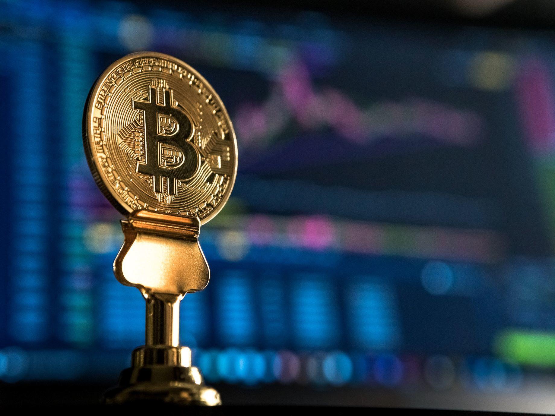 比特幣是金融海嘯下的產物?想靠它發大財,要先來了解它的背景!
