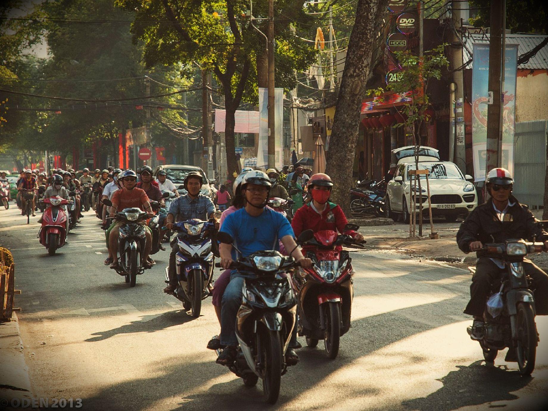 暫時不要管Uber了,你知道在印尼用App叫的是計程摩托車嗎?