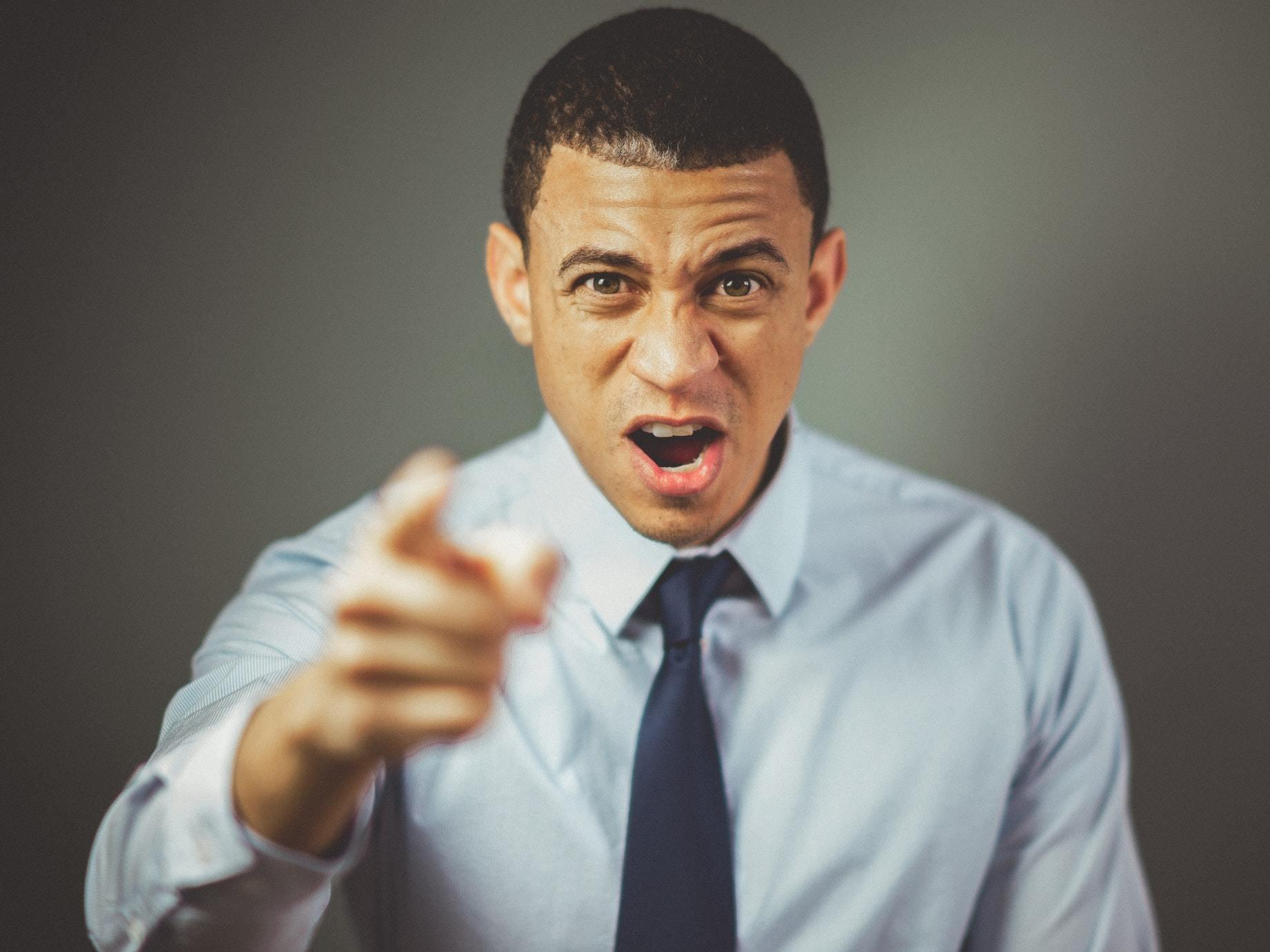 與其事後收爛攤,不如事前「零錯誤」!3個方法有效防範職場違規