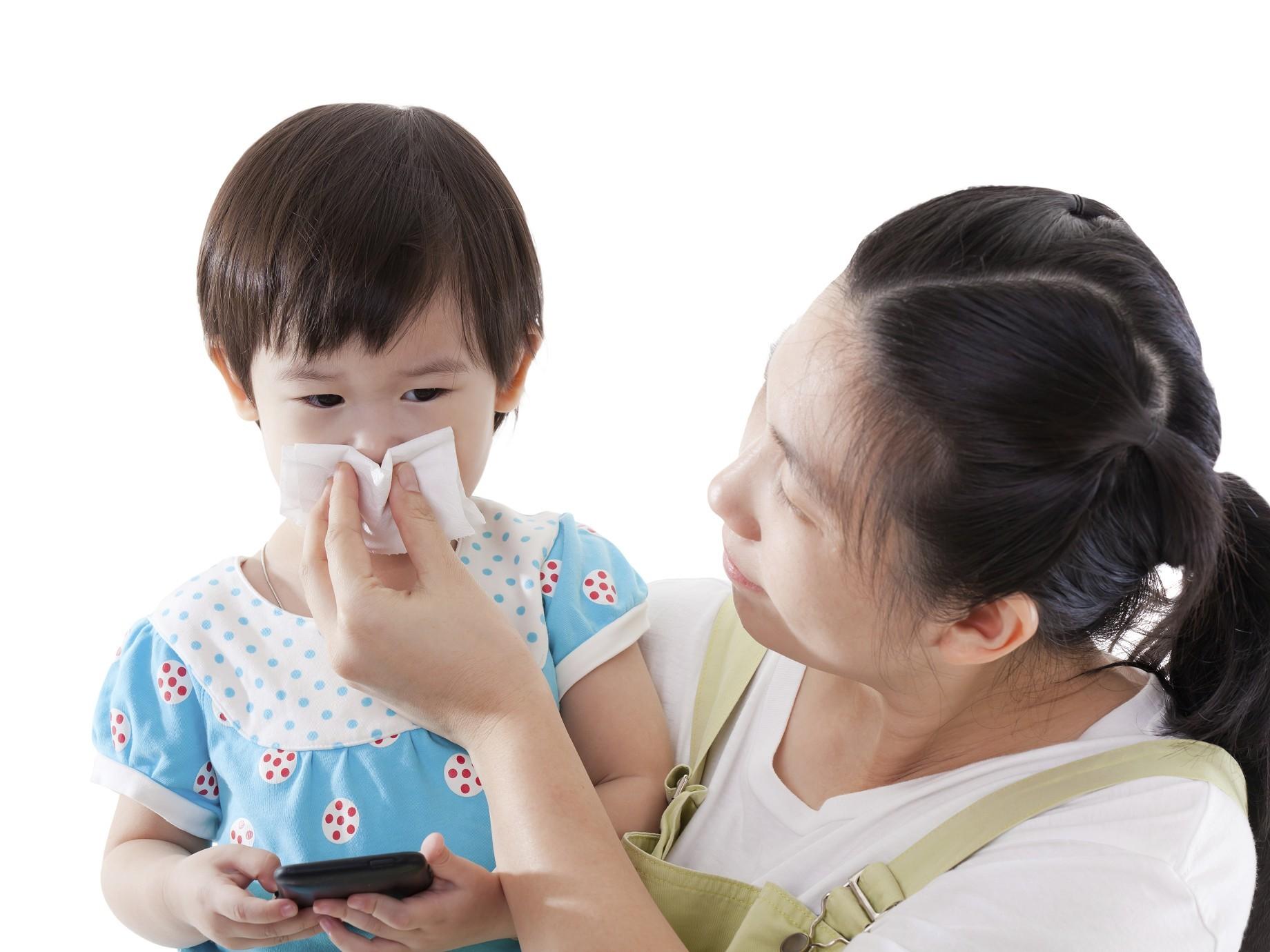 〈2015年8月〉台灣網路消費者對「濕紙巾」購買行為與通路品牌分析-EAGLEEYE鷹眼數據