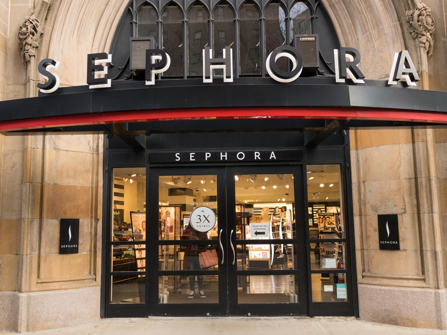 實體店推Color IQ機,3點看Sephora玩轉美妝零售