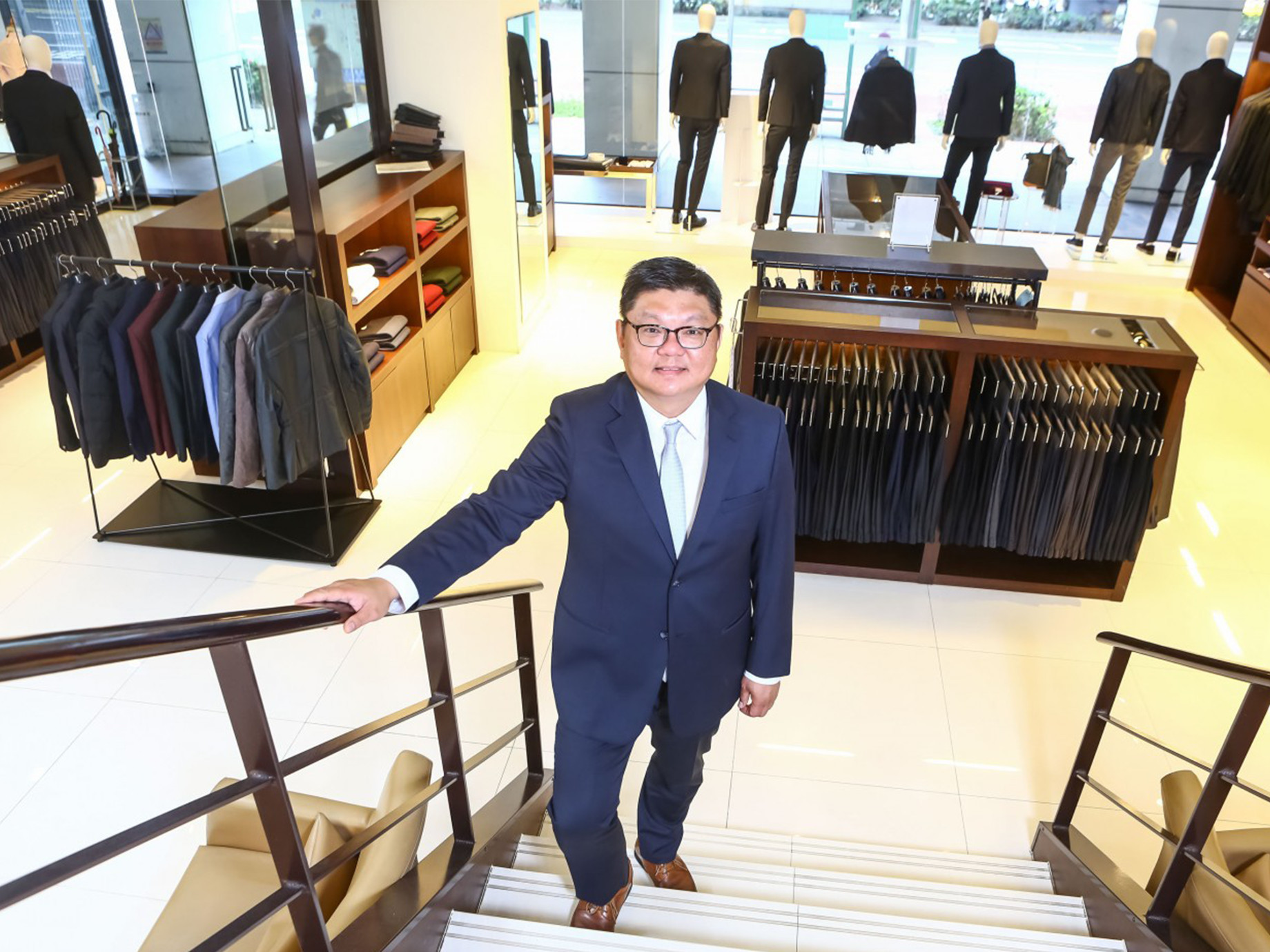 不再是「爸爸時代的西裝」,嘉裕西服如何結合科技創造老品牌第二春?