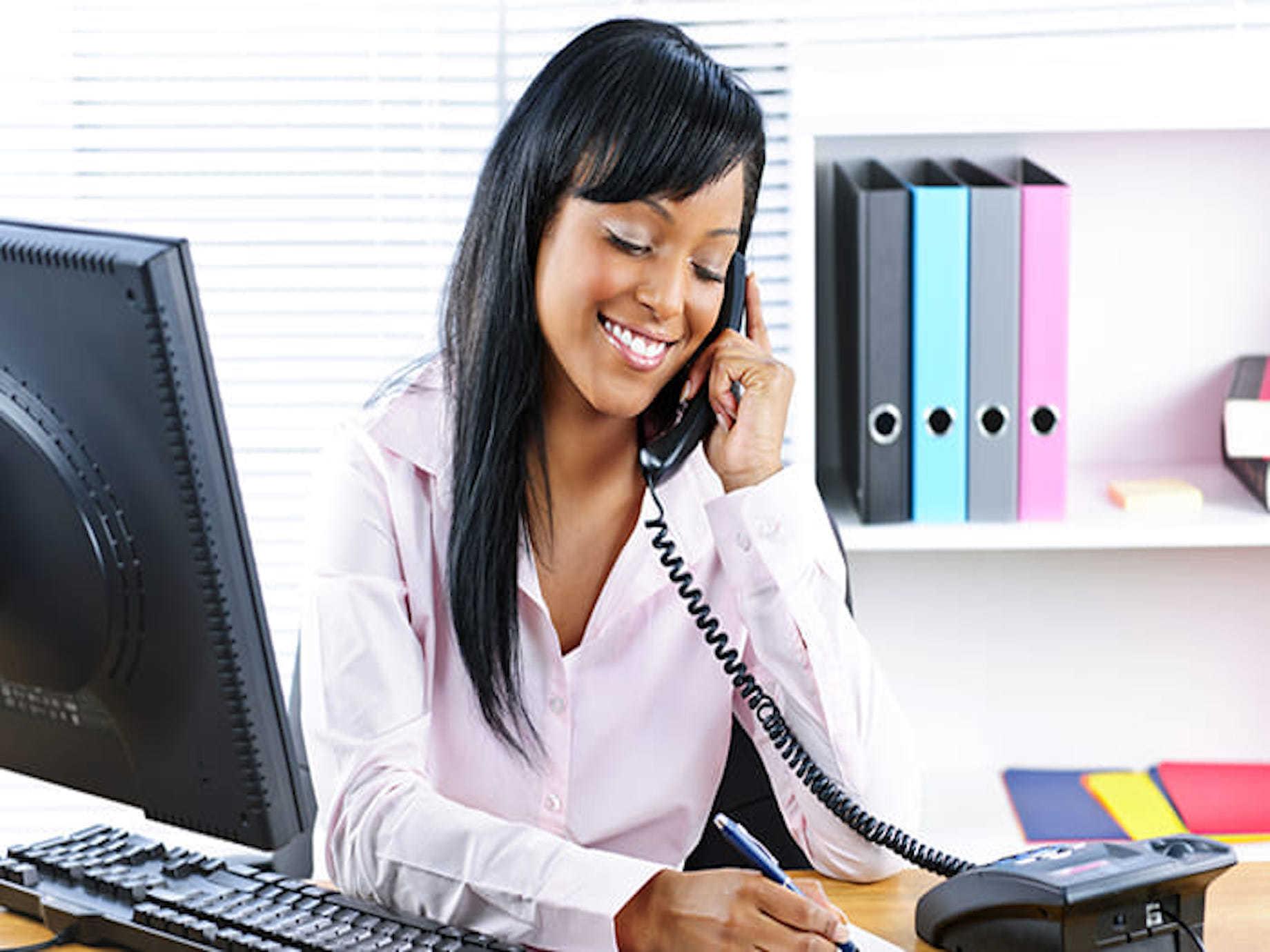 別再因為「不會講電話」讓專業形象扣分!電話應答你該熟悉的6大步驟!