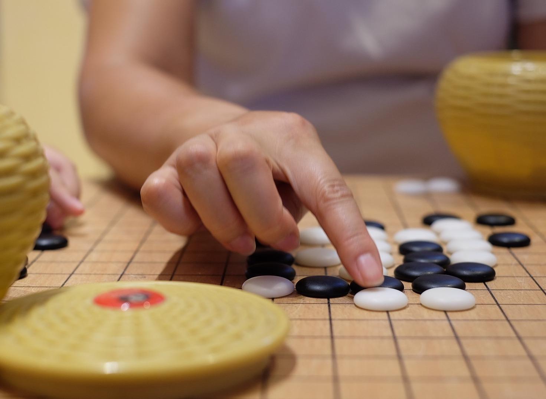 深度學習搭配強化學習,「AlphaGo之父」預言:AI未來也懂跨領域