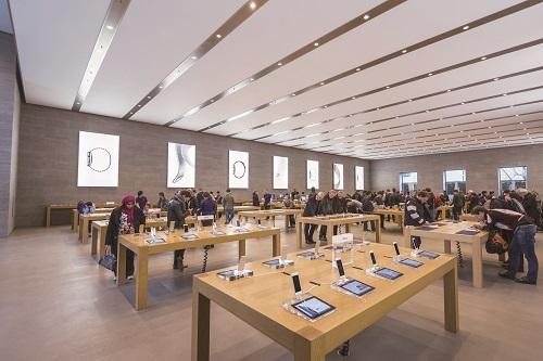 新書搶先看》適度留白,才能讓好商品被看到!蘋果、無印良品的賣場陳列學