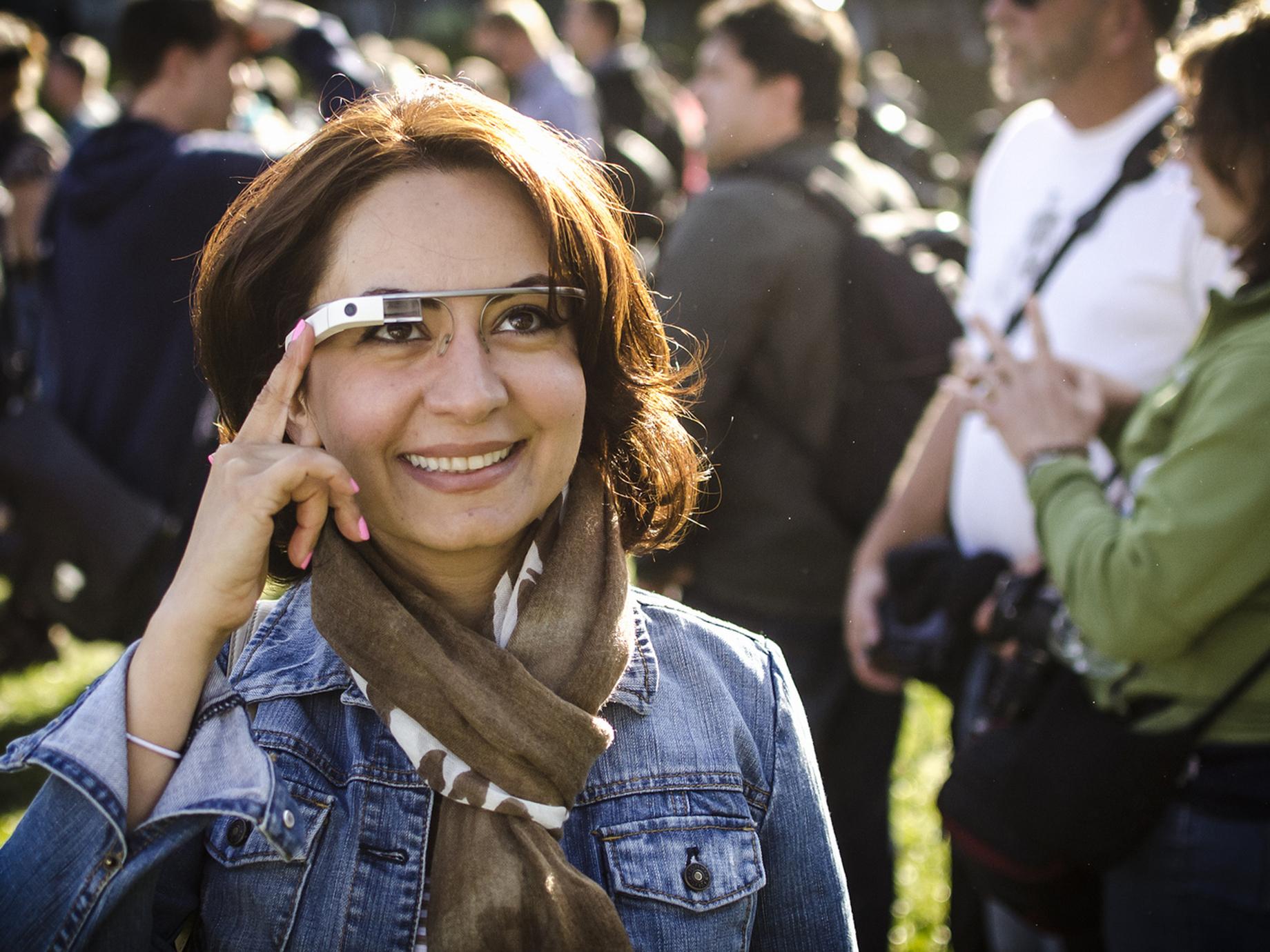 不賣一般人,改賣企業客戶!曾經失敗停產,Google Glass重出江湖