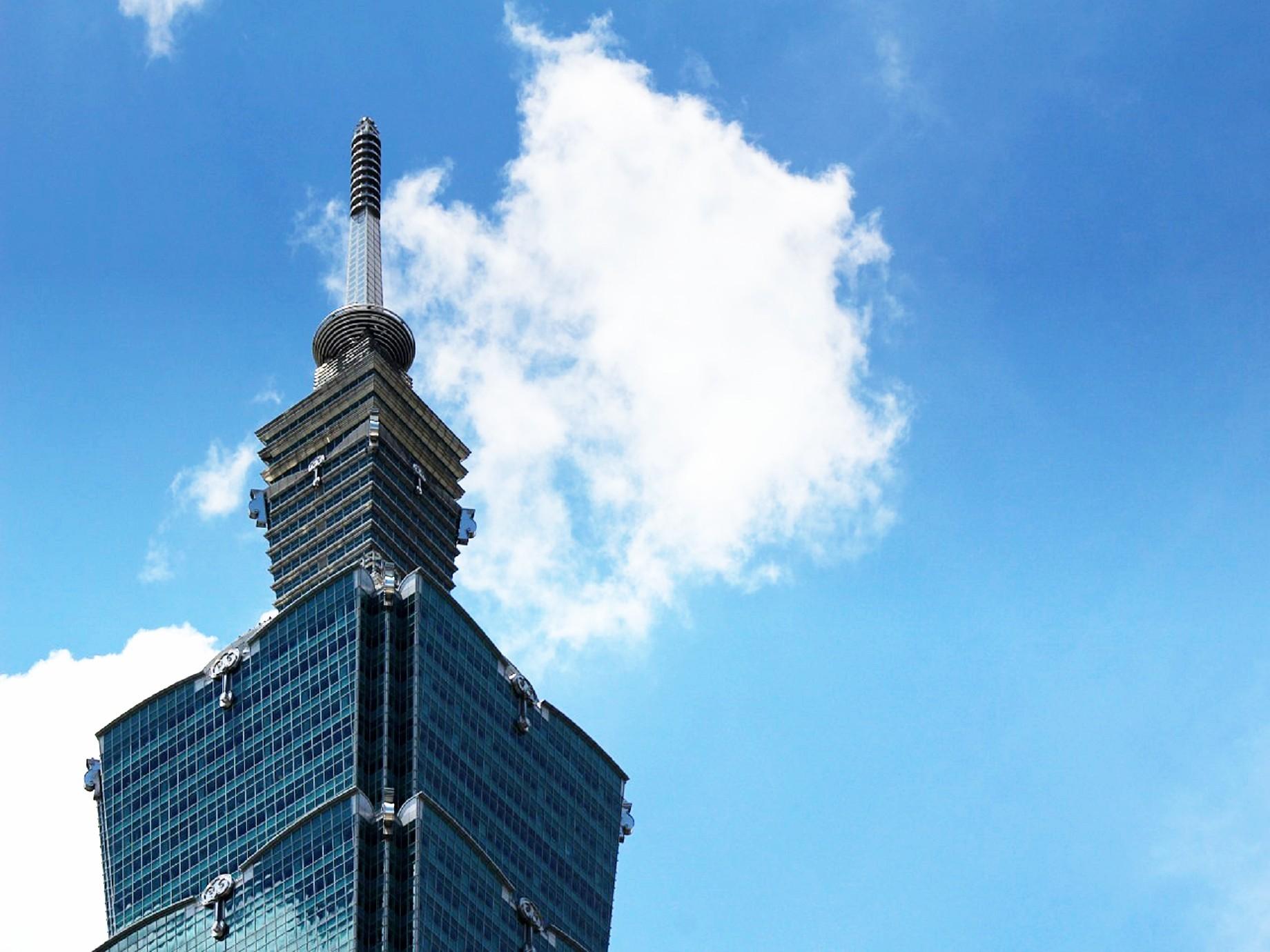 如何避免產業變慘業?詹宏志:電商轉型是台灣下一步該思考的問題