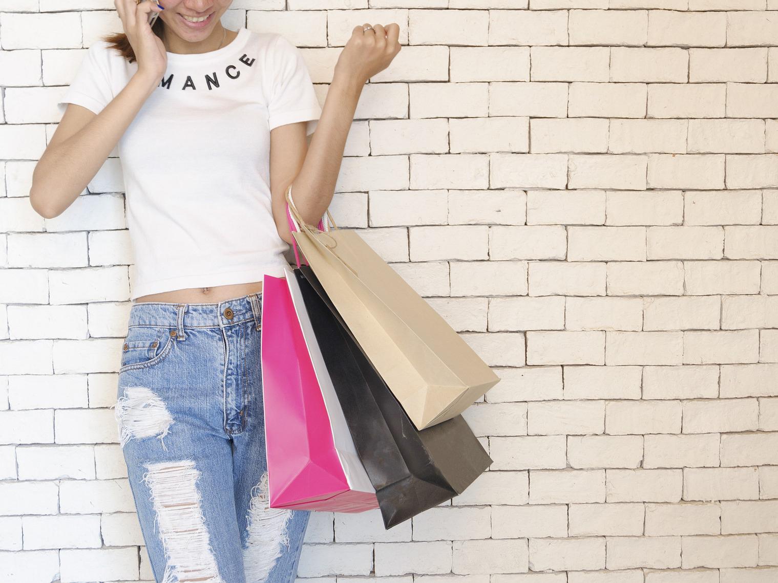 VR+電視購物,韓國電信開創購物新戰局