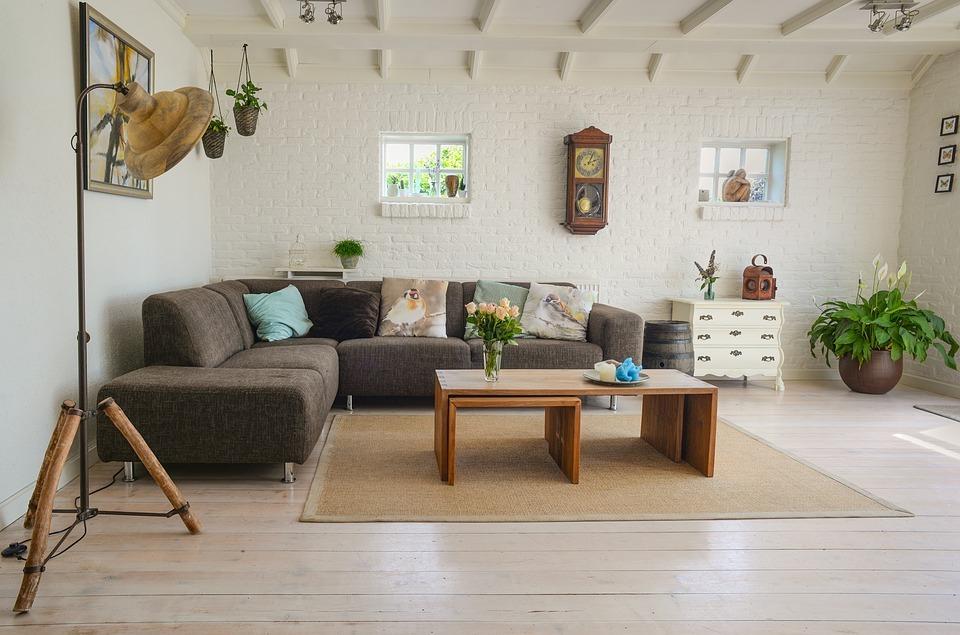高價傢俱市場式微,詩肯柚木併購NOVA意在轉型